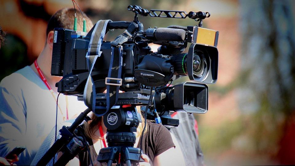 ビデオカメラ